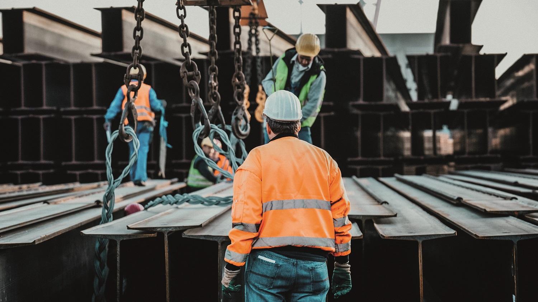 https://seaports.de/content/uploads/Hafenarbeiten-Traeger-2banner.jpg